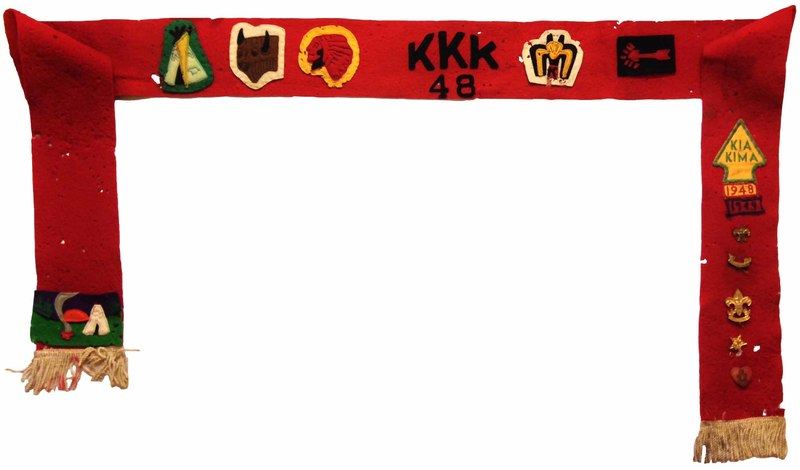 http://www.kiakimamuseum.org/plugins/Dropbox/files/1948 - Kia Kima Staff Sash, 1st arrowhead, pins.jpg