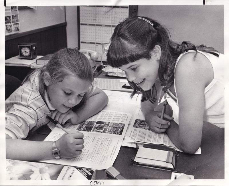 http://www.kiakimamuseum.org/plugins/Dropbox/files/1962 (6-3-62) - Camp Miramichee Lauren Kenworthy, Melanie Treace  [Press-Scimitar].tif