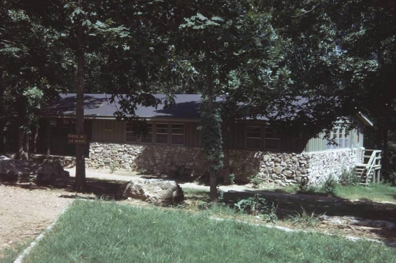http://www.kiakimamuseum.org/plugins/Dropbox/files/1970c - Kia Kima Administration Building (right).jpg
