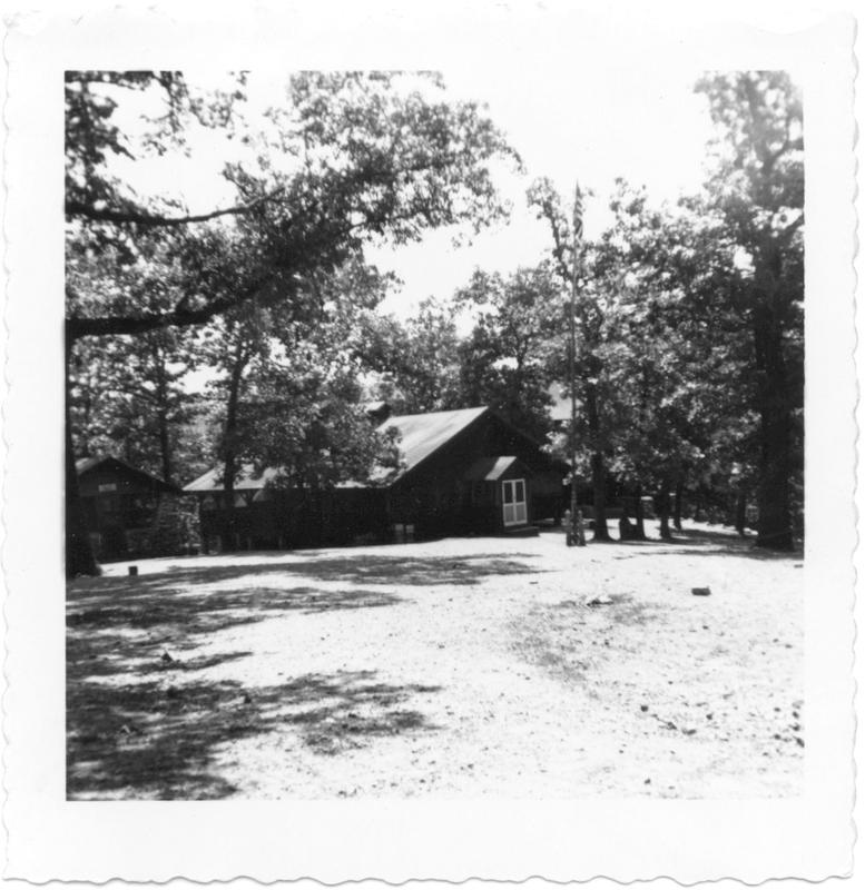 http://www.kiakimamuseum.org/plugins/Dropbox/files/1950c - Outside Old Mess Hall.jpg