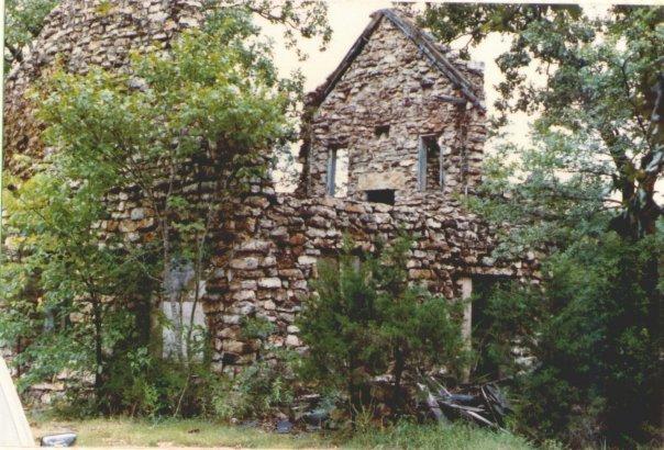 1988 Photo: Ruined Thunderbird Lodge