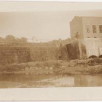 1920c Photo: Mammoth Spring Dam